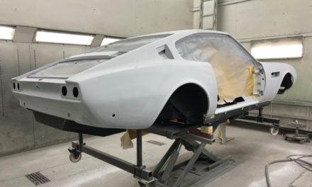 Aston Martin DBS spuitplamuur naschuren