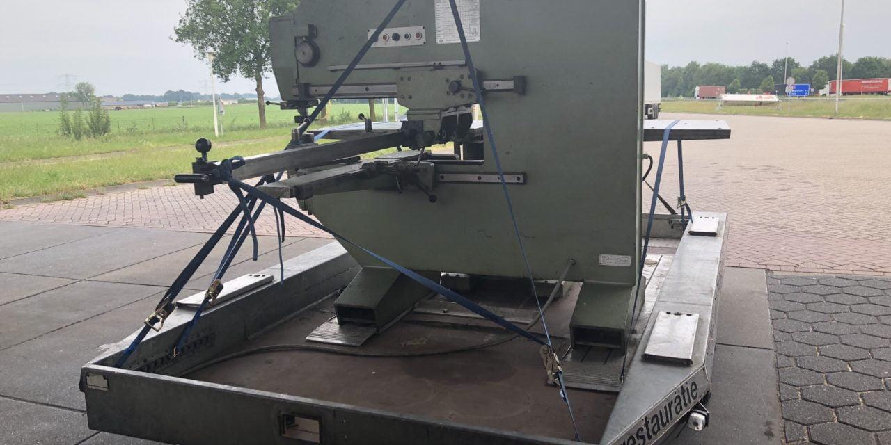 """""""Nieuwe"""" machine opgehaald om Louvres mee te maken"""