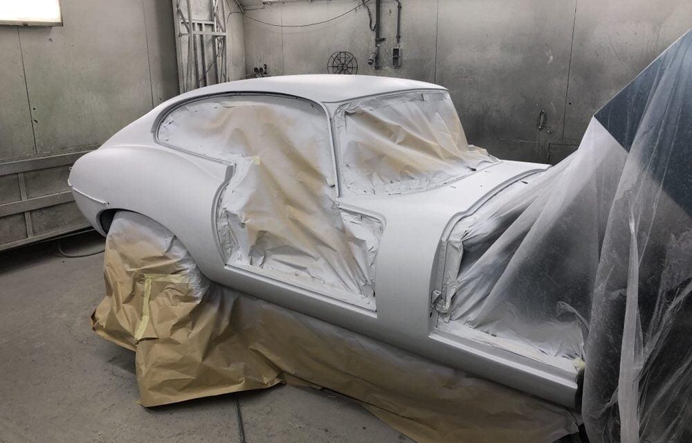 Jaguar E-type in de epoxy