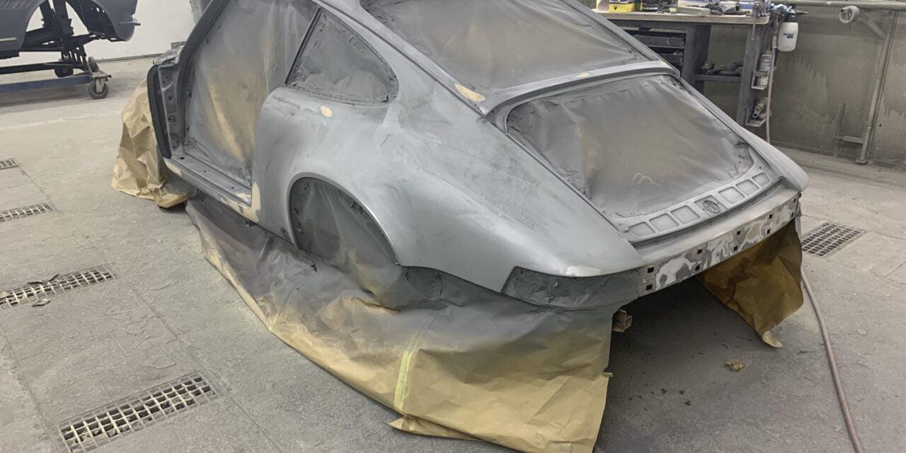 Porsche 911 strakmaken.