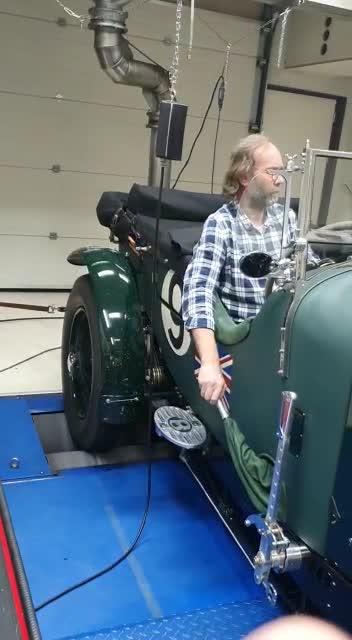 Bentley 4,5 Ltr met onze compressor 180pk en 365 nm